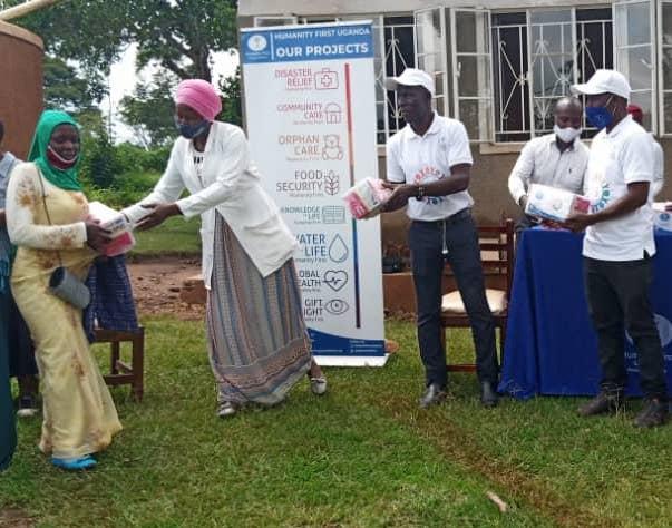 Mama Kit Distribution – Uganda